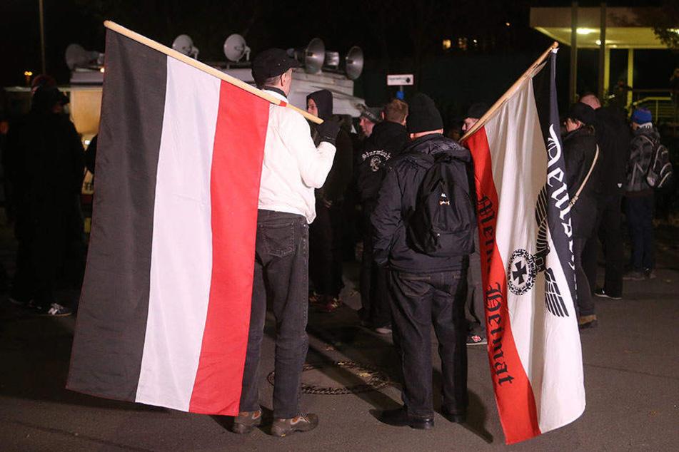 Anhänger des rechtsextremen Thügida-Bündnisses demonstrierten am 9.11.2016 in Jena.