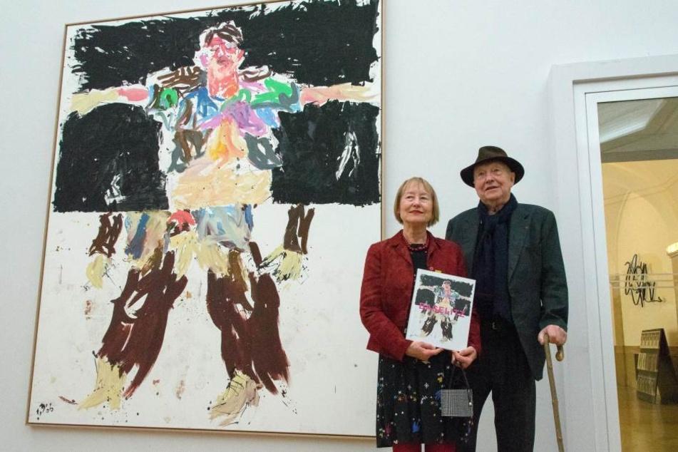 Stolz auf die Ausstellung: Ingrid Mössinger mit dem Künstler Georg Baselitz.