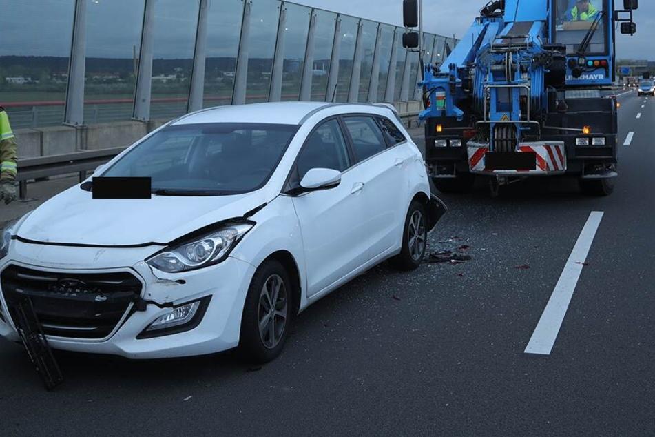 Der Fahrer (44) des Hyundais wurde dabei verletzt.