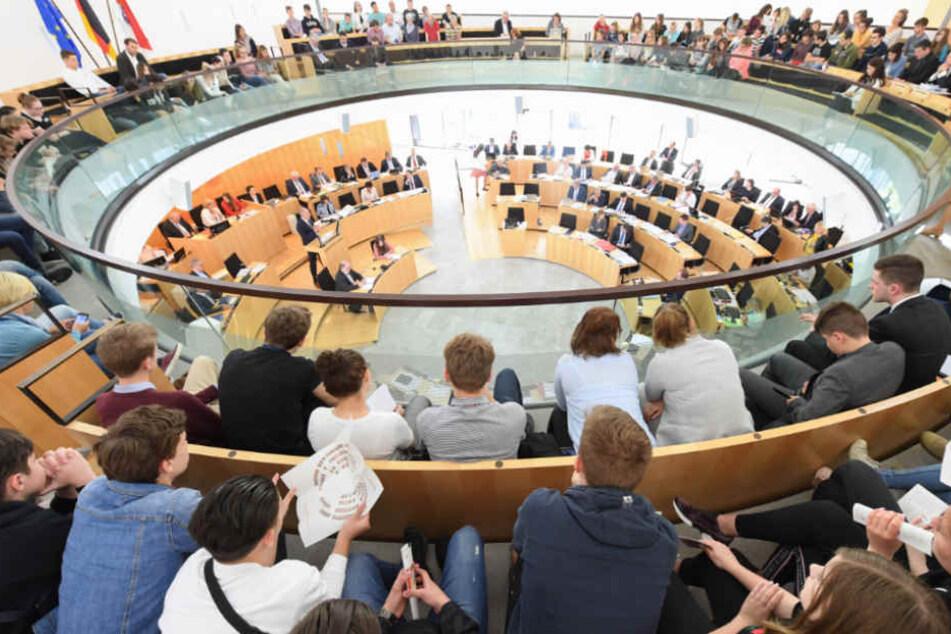 Hessischer Landtag stimmt über neues Verfassungsschutzgesetz ab