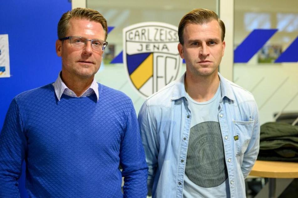 Rico Schmitt mit seinem Co-Trainer René Klingbeil (re.) bei der Vorstellung in Jena.