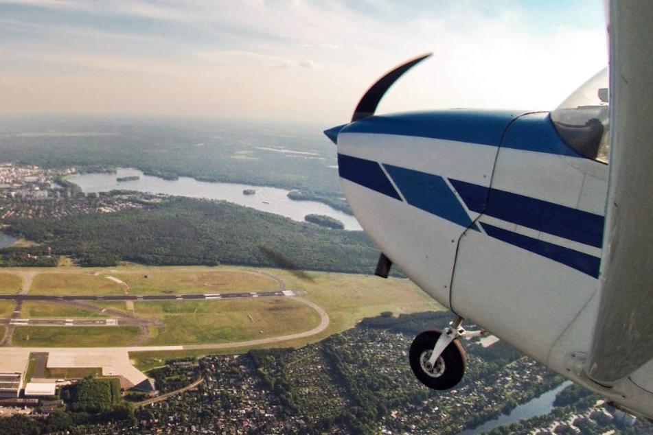 Die Spitze eines Flugzeugs des Typ 'Cessna 172'.