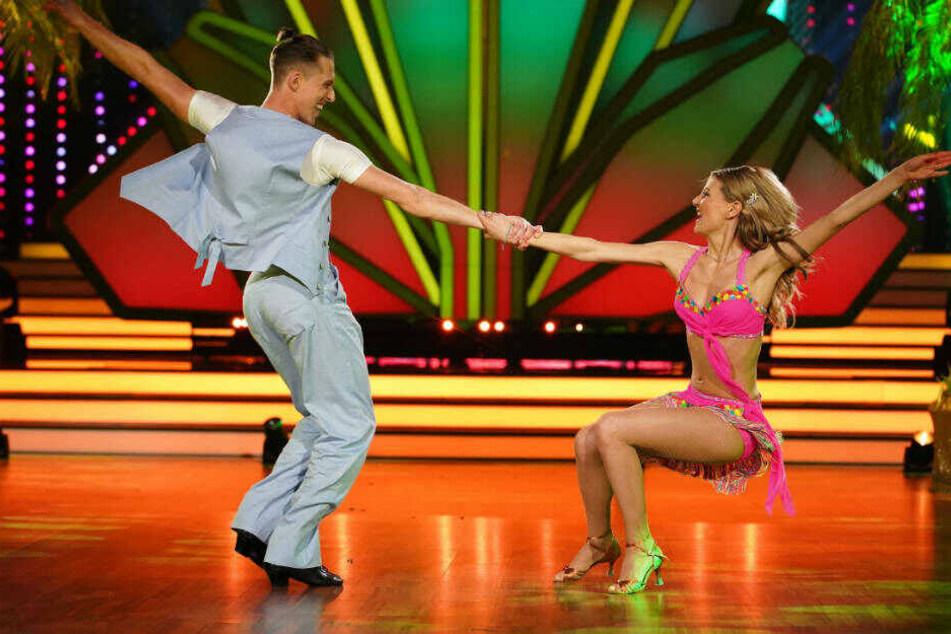 """Ella Endlich und Tanz-Partner Valentin Lusi sind die großen Favoriten bei """"Let's Dance"""" 2019: Das Paar konnte in den drei Live-Shows jedes Mal die höchste Punktzahl bei der Jury einstreichen."""