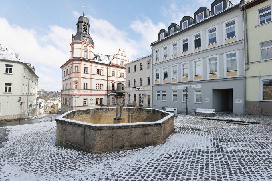Erfurt: Menschenleer ist der Marktplatz.