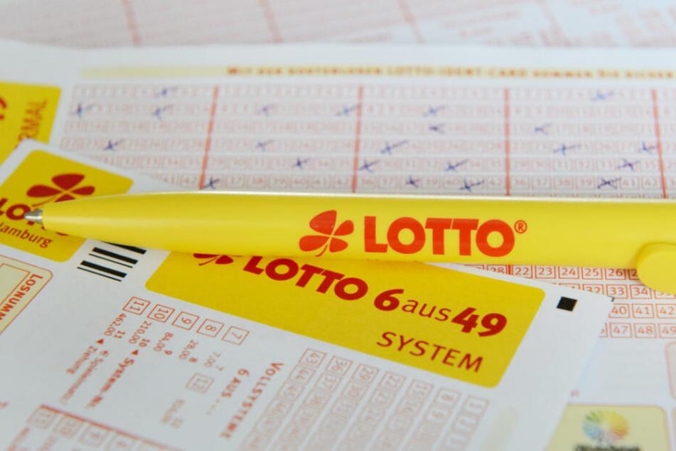Hamburg im Lottofieber: Spielergemeinschaft teilt sich Rekordgewinn