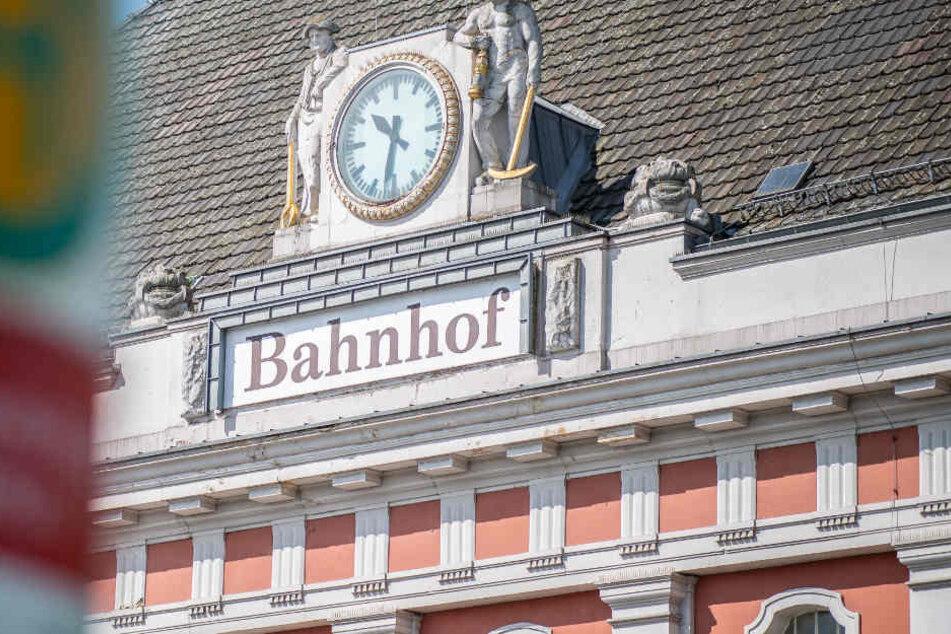 In der Nähe des Hauptbahnhofs in Hamm, wurde das 16-jährige Opfer durch mehrere Messerstiche verletzt.