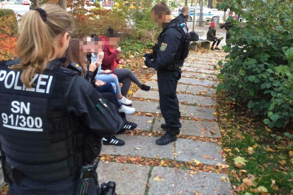 Am Donnerstagabend wurde in der Chemnitzer Innenstadt eine Großkontrolle durchgeführt.