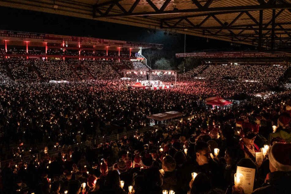 Zum vierten Mal in Folge war das Weihnachtssingen von Union Berlin ausverkauft.