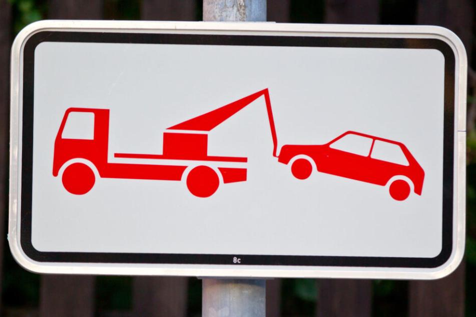 Falschparker sorgen auch in Bayern immer wieder für Probleme. (Symbolbild)