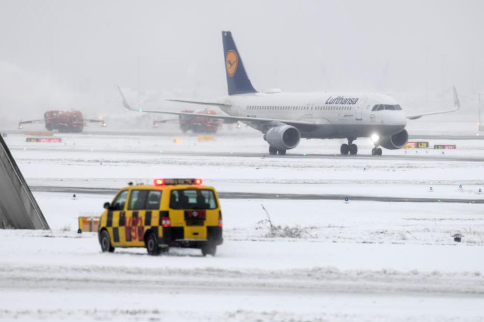 Der Flughafen in Frankfurt war zwischenzeitlich komplett eingeschneit.