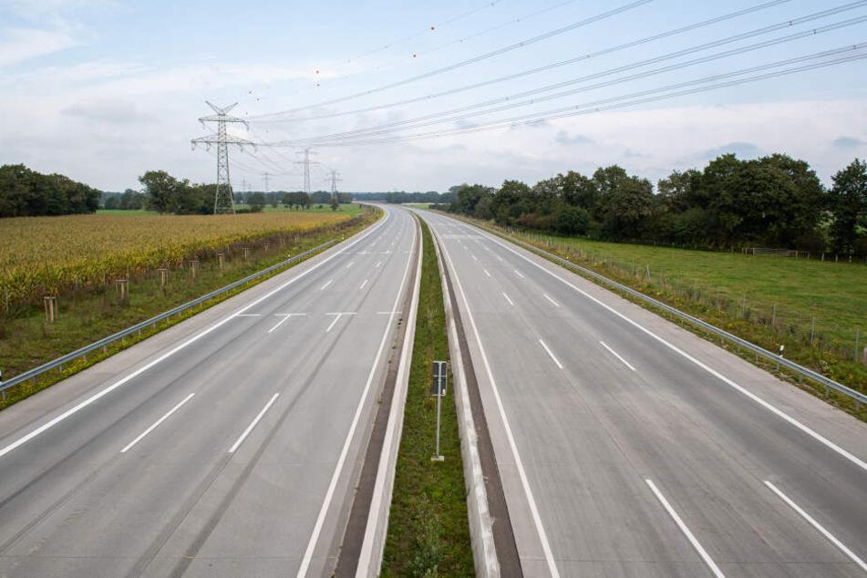 Die Autobahn 8 wird bei Bad Reichenhall das ganze Wochenende komplett gesperrt. (Symbolbild)