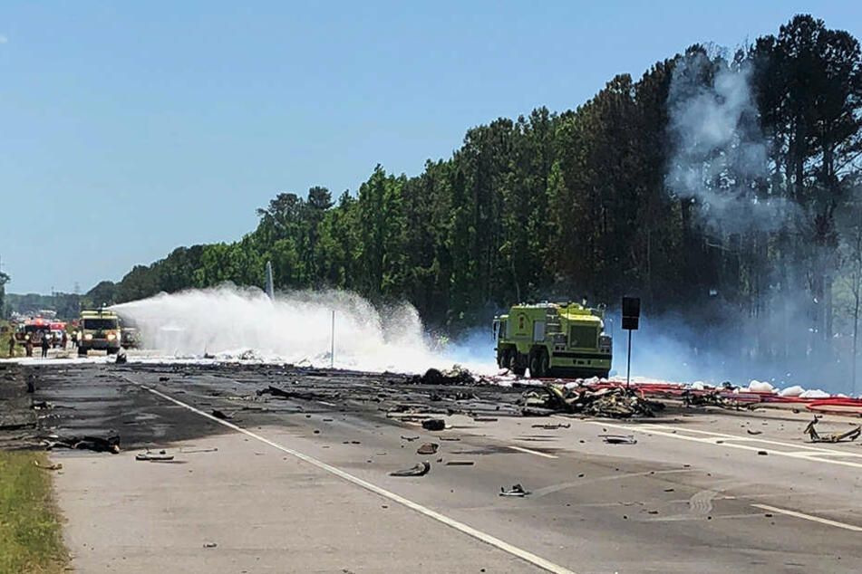US-Bundesstaat Georgia Militärmaschine stürzt ab - 5 Tote