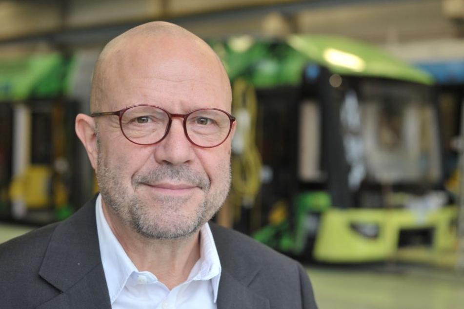 CVAG-Pressesprecher Stefan Tschök (61) begründet die neuen Ticketpreise mit steigenden Personal- und Fahrzeugbeschaffungskosten. Einzel- und Tagesfahrkarten sowie das Seniorenticket und die Schülerverbundkarte bleiben preislich unberührt.