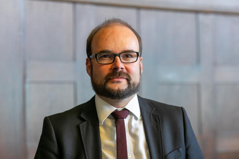 Sachsens Kultusminister Christian Piwarz (45, CDU) bekräftigt, dass der Unterricht nach den Herbstferien stattfindet, allerdings unter Pandemiebedingungen.