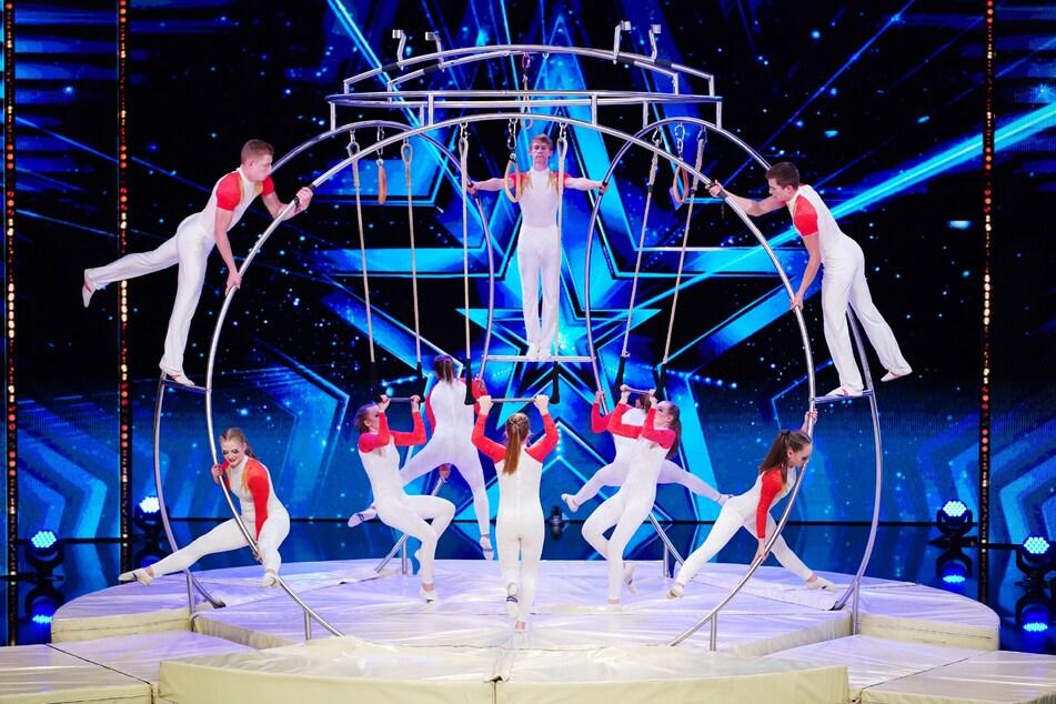 """Die Chemnitzer Hobby-Akrobaten """"The Spinning Artists"""" traten am Samstagabend beim Supertalent auf."""