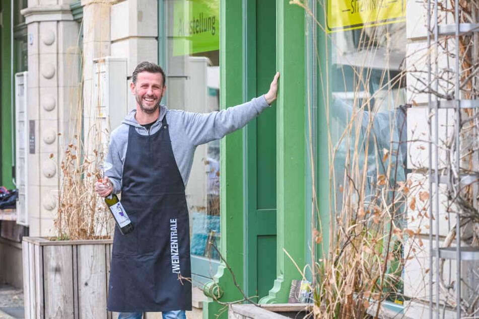 Hier öffnet bald seine Radebeuler Weinbar: Jens Pietzonka (46) zu Besuch in Kötzschenbroda.