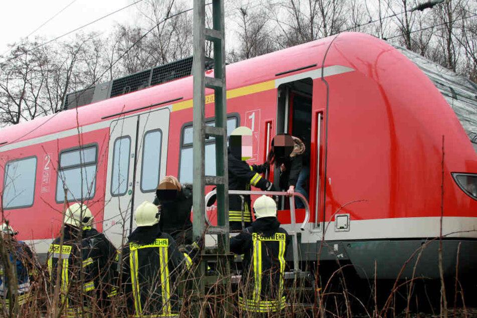 Die rund 300 Fahrgäste wurden nach der Bomben-Drohung evakuiert (Symbolbild).