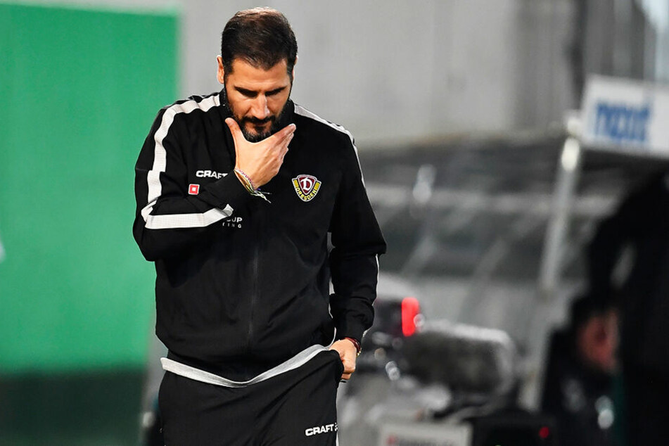Wie geht's jetzt weiter? Dynamo-Trainer Cristian Fiel kratzte sich in Fürth nachdenklich den Bart.