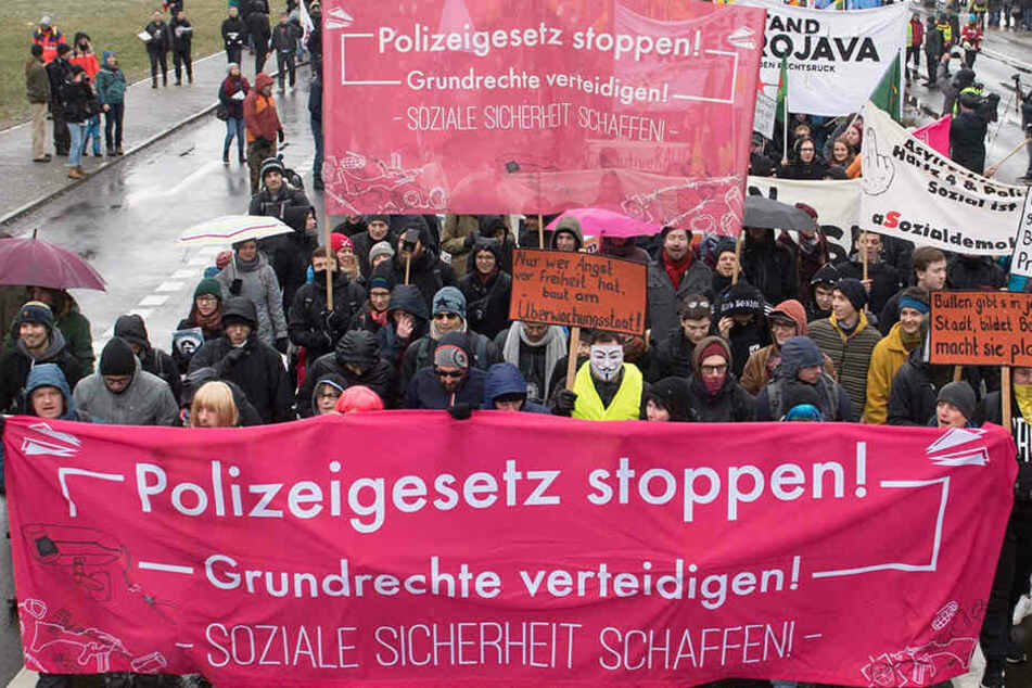 Eingriffe in Bürgerrechte befürchtet: Demo gegen geplantes sächsisches Polizeigesetz
