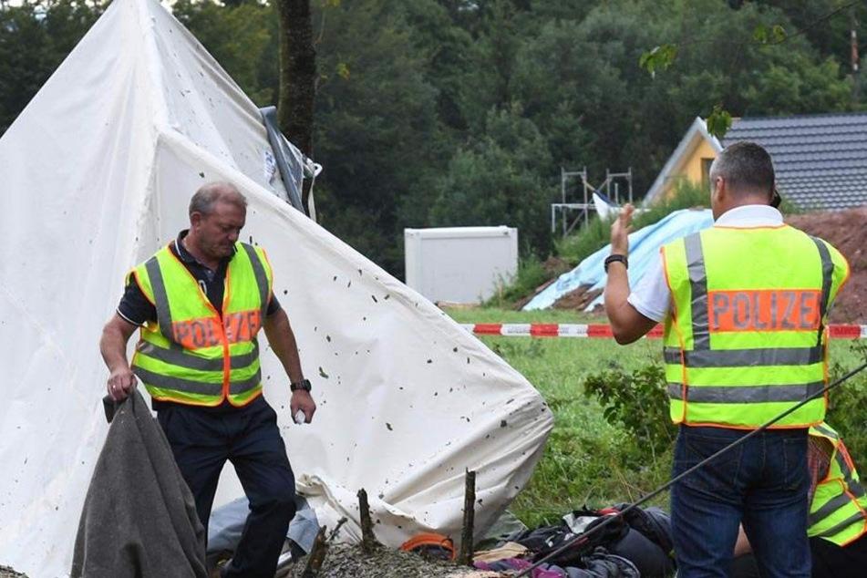 Die Polizei ermittelt nach der Attacke auf dem Zeltplatz wegen Landfriedensbruchs. (Symbolbild)