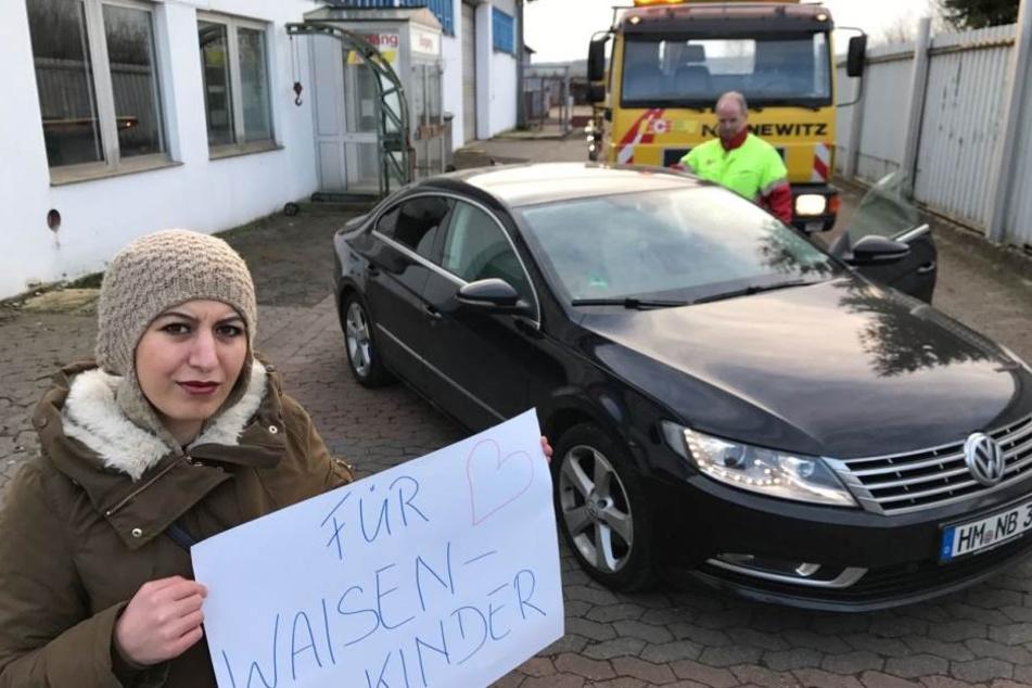 Kader K. (29) will ihren VW Passat, der beinahe zu ihrer Todesfalle geworden wäre, für den Bau eines Waisenhauses in Syrien verkaufen.
