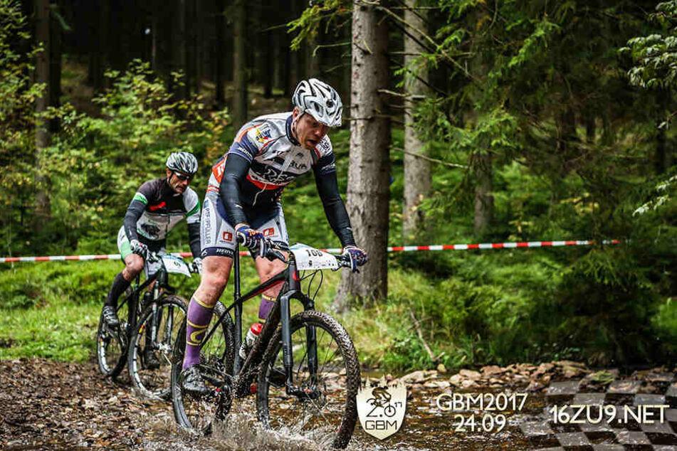 750 Radsportler nahmen am 18. Bike-Marathon rund um die Greifensteine teil.
