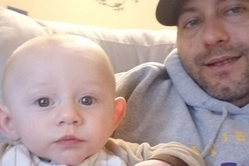 Vater Nate mit seinem Sohn Jaxon, kurz bevor sein Junge starb.