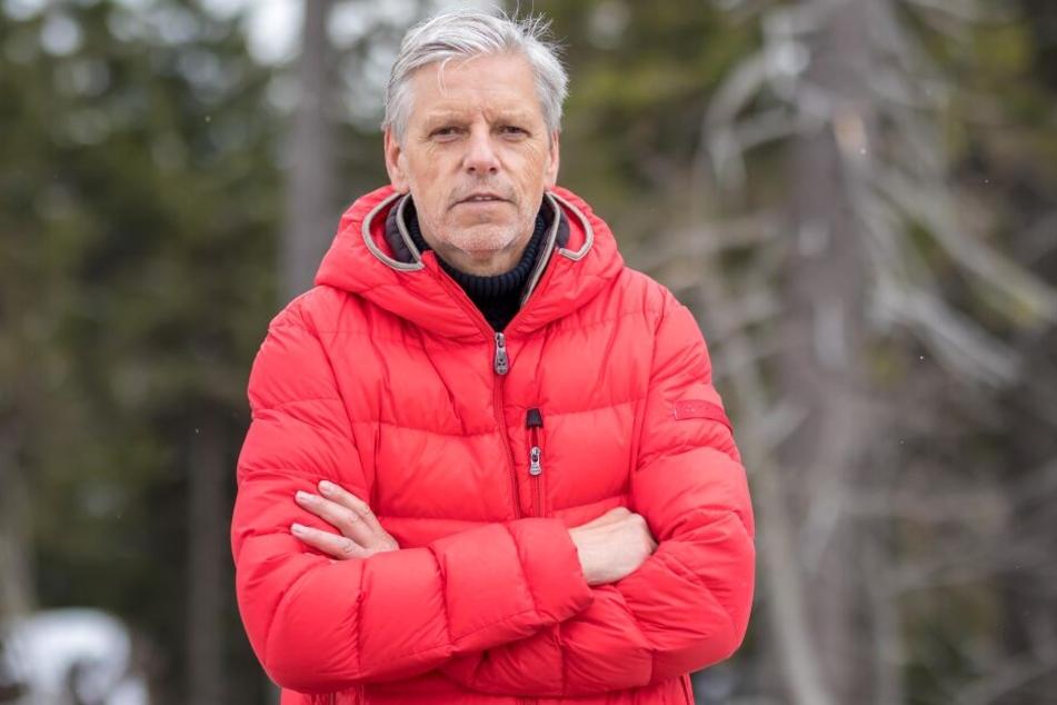 Der Bürgermeister von Bozi Dar, Jan Hornik (65), kämpft gegen das Projekt Skywalk auf dem Keilberg.