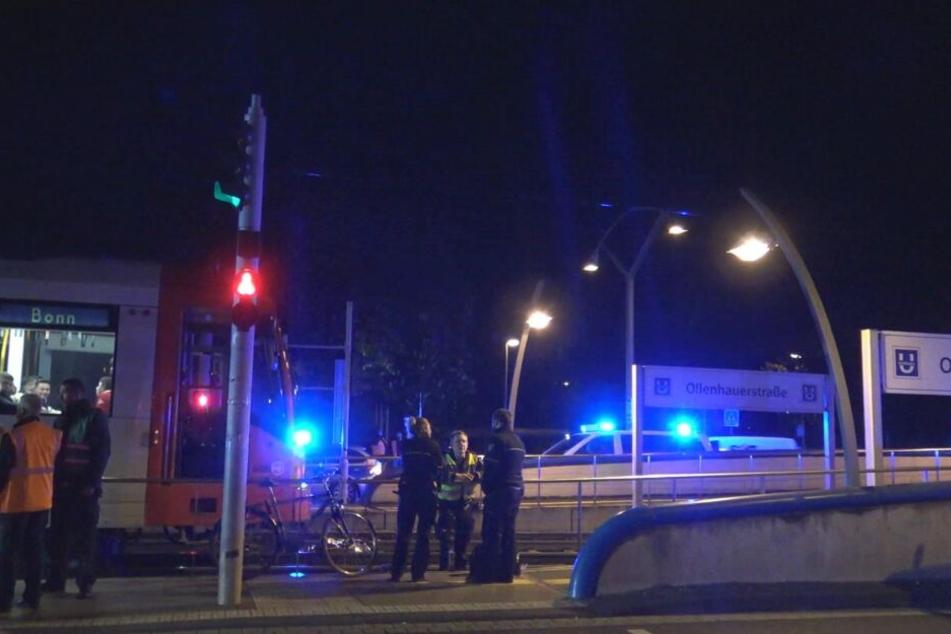 """Der Unfallort an der Haltestelle """"Ollenhauerstraße""""."""