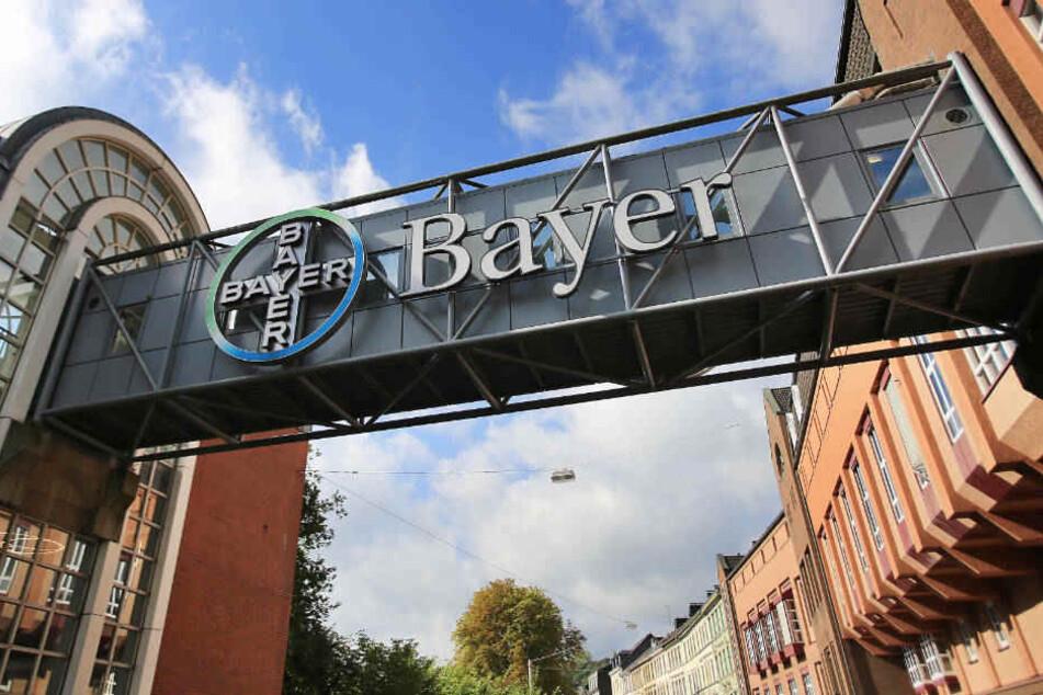 In Wuppertal soll ein neues Werk noch vor dem Regelbetrieb von Bayer stillgelegt werden.