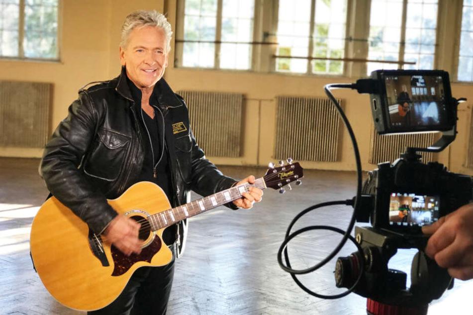 """Schlagerstar Olaf Berger (56) drehte sein Musikvideo """"Echt"""" in der ehemaligen Garnison der sowjetischen Streitkräfte in Wünsdorf."""