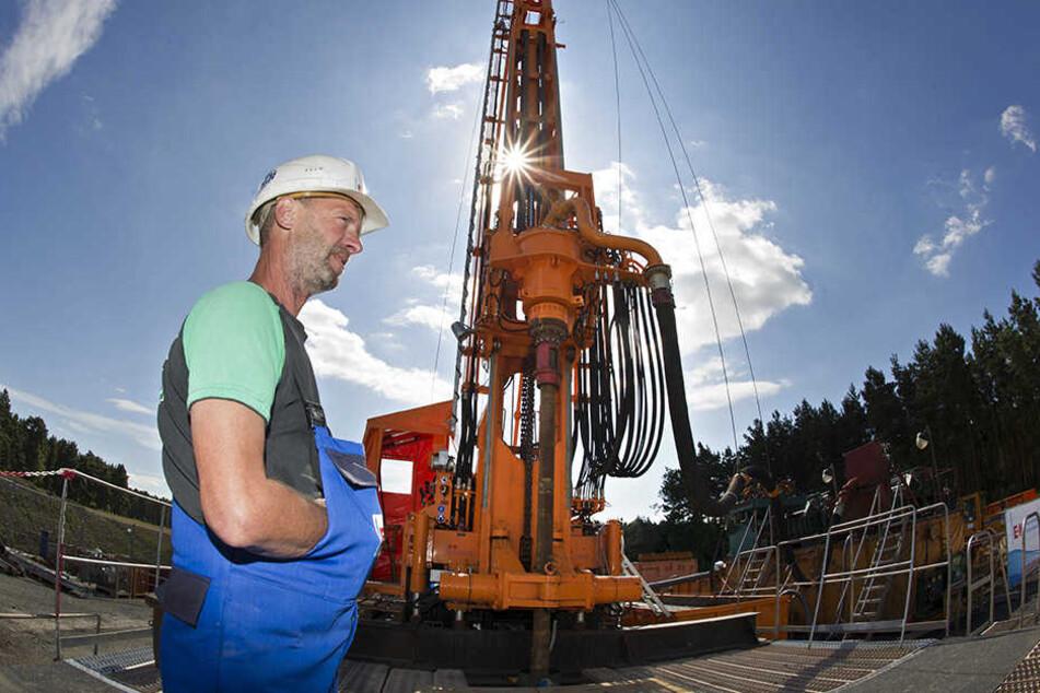 2011 gab es bei Weißwasser Probebohrungen nach Kupfererzvorkommen. Danach wurde das Projekt beerdigt.