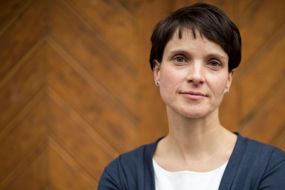 Frauke Petry, AfD-Chefin, schätzt ein Ergebnis von zehn Prozent bei der Bundestagswahl als relativ realistisch ein.