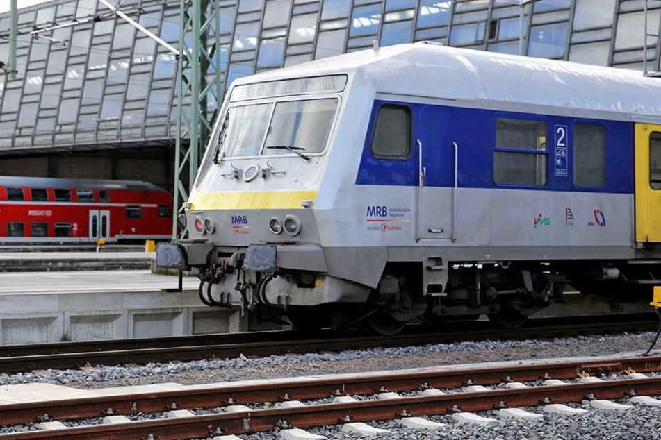 Bei der Mitteldeutschen Regiobahn rollt's nicht ganz rund in den nächsten Tagen.