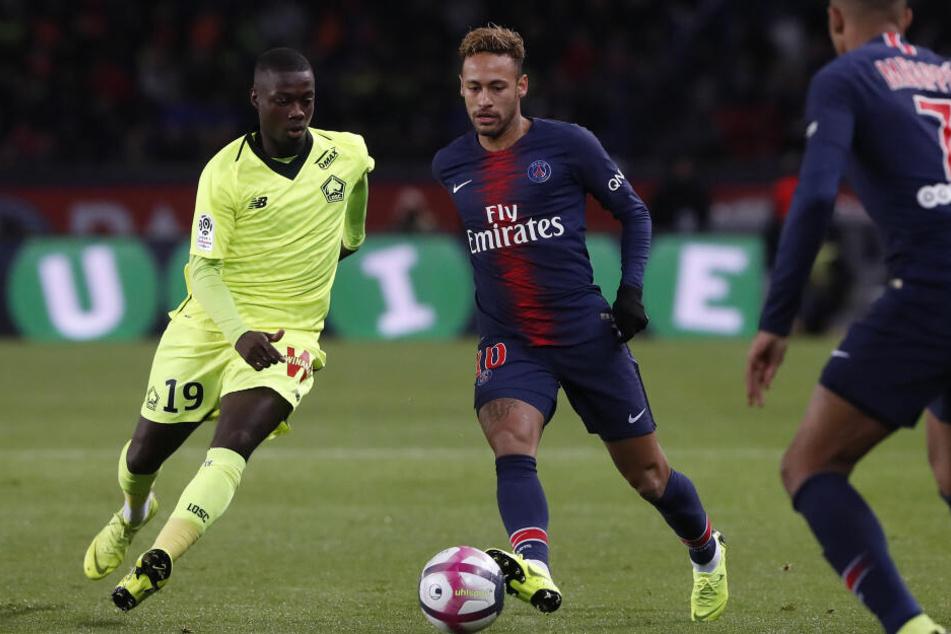 Im Fokus von Arsenal: Nicolas Pepe (l.) im Zweikampf gegen Neymar.