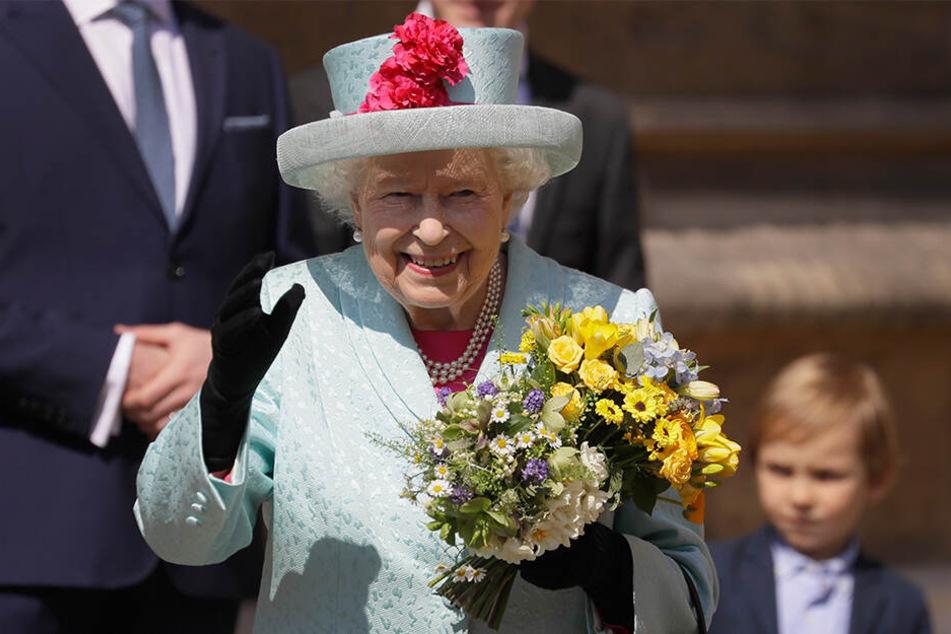 Zu ihrem Geburtstag strahlte die Sonne auf Schloss Windsor: Königin Elizabeth II. ist jetzt 93 Jahre alt.
