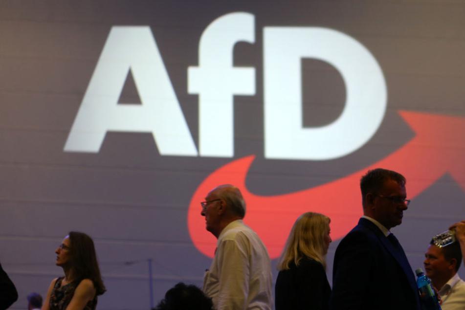 Die AfD will den beiden großen Kirchen in Bayern den Geldhahn zudrehen. (Archivbild)