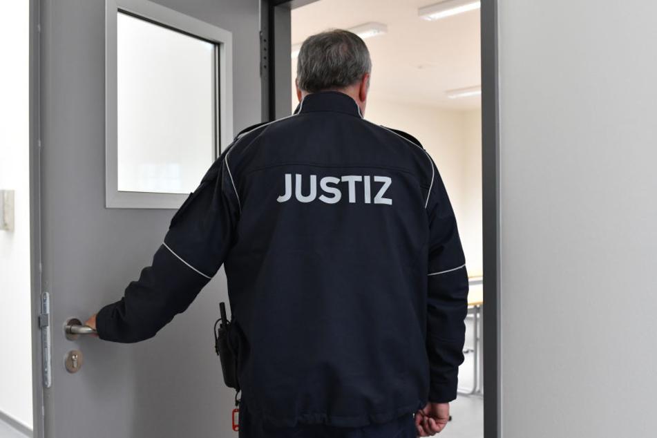 In der JVA Gießen hat sich ein Tatverdächtiger das Leben genommen.