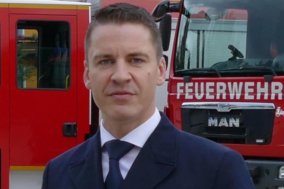 Feuerwehr-Chef René Kraus (45) streitet mit der Landestalsperrenverwaltung.