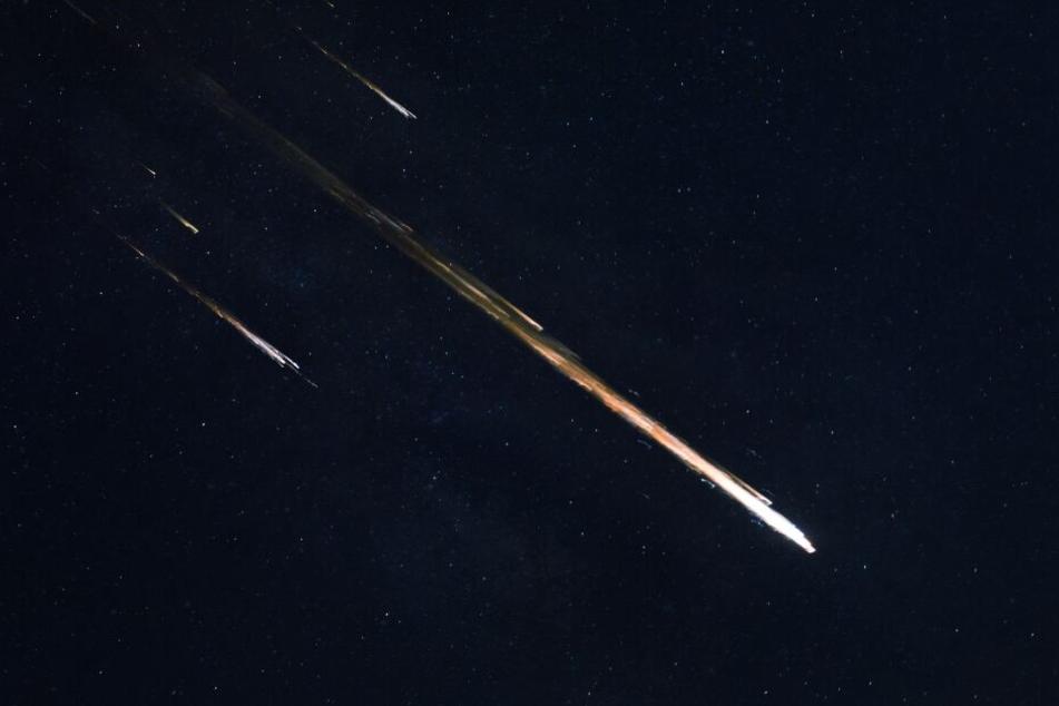Asteroiden & Meteoriten: Meteorit eingeschlagen? Heller Feuerball am Himmel entdeckt