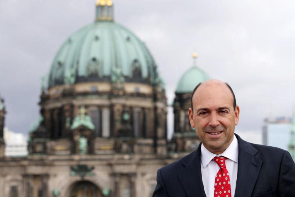 Mit sofortiger Wirkung scheidet Vorstandsmitglied Fernando Carro bei Bertelsmann aus.
