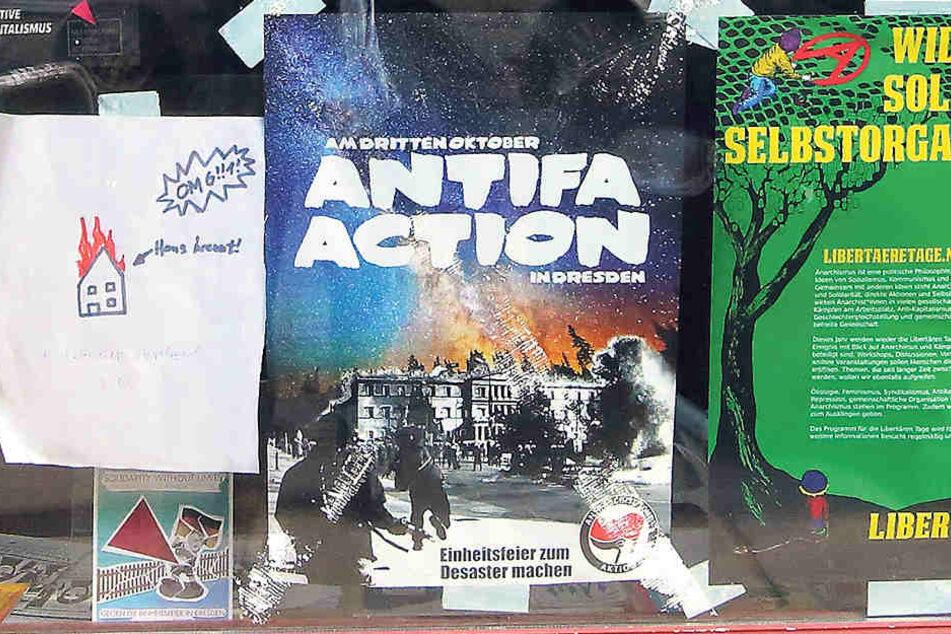 Verschwunden war das Gewalt-Plakat auch Donnerstagnachmittag nicht. Neu angebracht wurde indes der Zettel links.