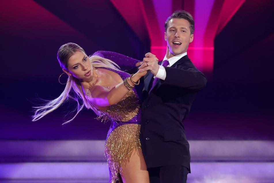 Schauspielerin Valentina Pahde (26) und Valentin Lusin bei einem ihrer Tänze.