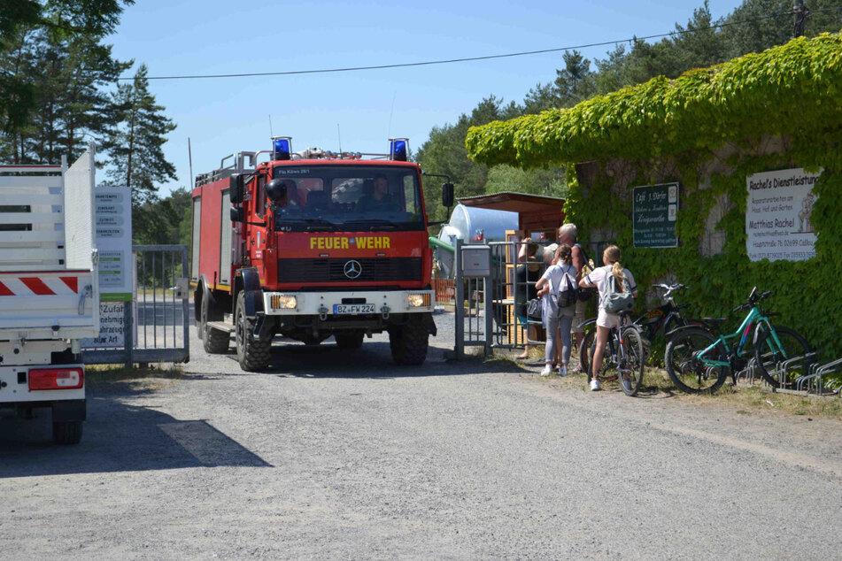 Die Feuerwehr eilte zu Hilfe.