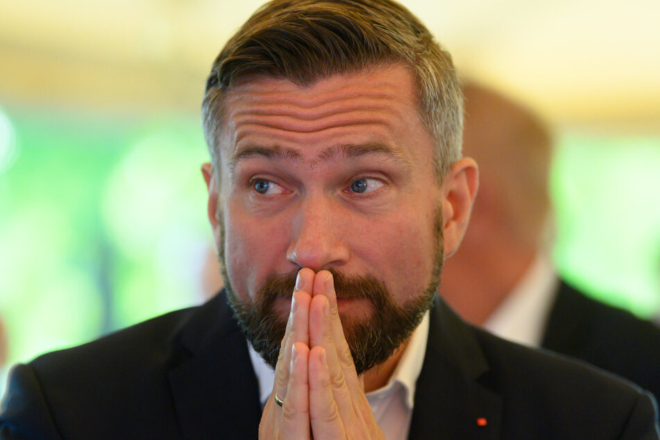 SPD-Parteichef Martin Dulig (47) ist zufrieden mit dem Wahlergebnis seiner Partei.