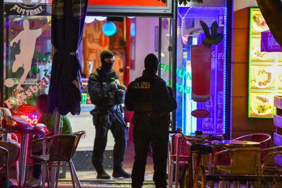 Hintergrund war eine Schießerei in der vergangenen Woche am Hasselbachplatz in Magdeburg.