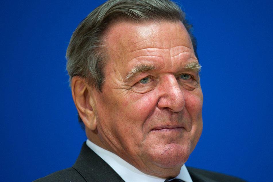 Altkanzler Schröder (SPD) am 29.09.2016 im Willy-Brandt-Haus.