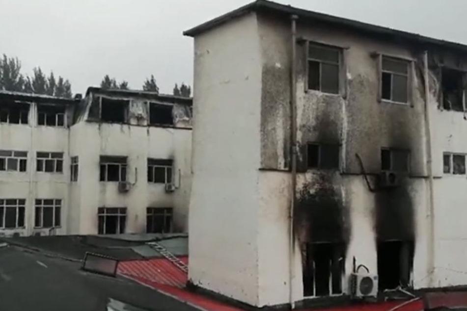 Das Feuer zerstörte mehrere Etagen des Hotels.