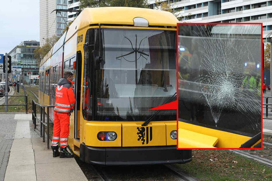 Trotz Notbremsung: Straßenbahn erfasst Fußgängerin in Dresdner City