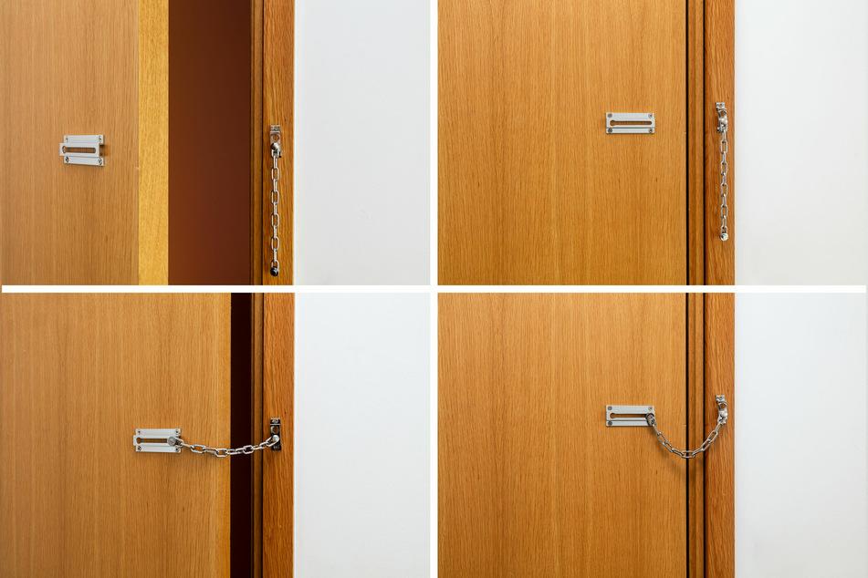 Mit einer Sicherungskette kann die Tür nur einen Spalt geöffnet werden, um zu sehen, wer sich vor ihr befindet. (Symbolbild)